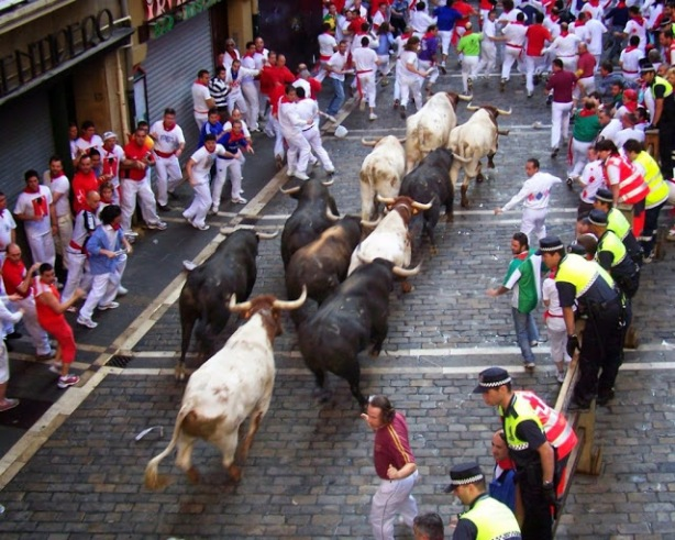 10-of-the-worlds-most-dangerous-traditions-9